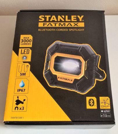 Lampa warsztatowa, przewodowy reflektor bluetooth Stanley