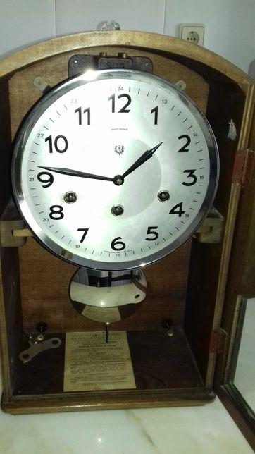 """Relógio Parede """"Reguladora"""""""