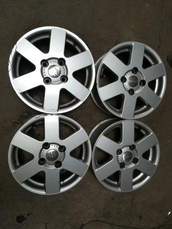 Felgi aluminiowe 6, 5 J R15 et45 4 x 114