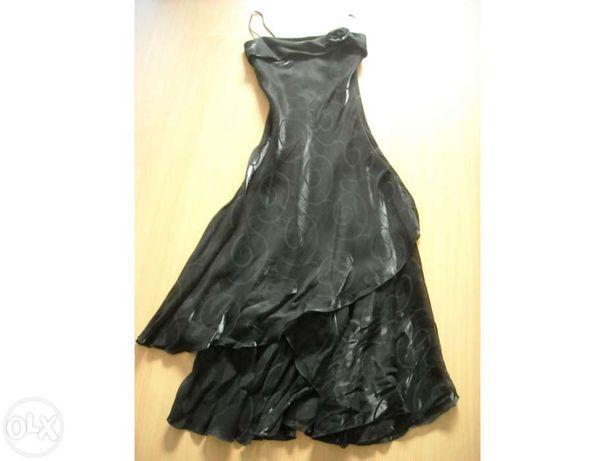 Vestido de gala Preto.
