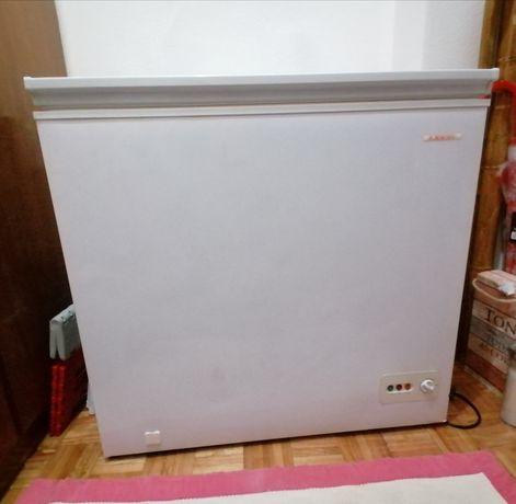 Arca congeladora Jocel 150l