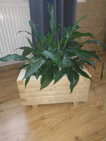 Donica doniczka drewniana ogrodowa , skrzynka na kwiaty