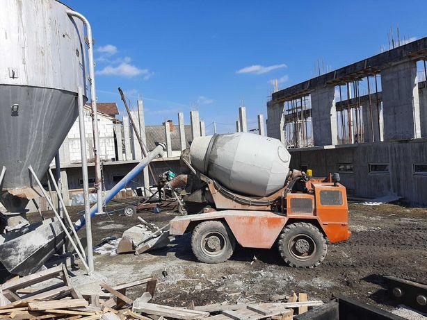 бетономішалка бетонозмішувач самохідна