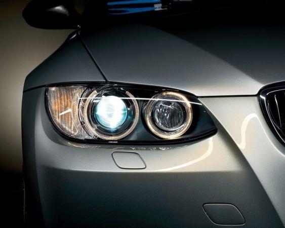 Чистка , полировка и восстановлении автомобильной оптики