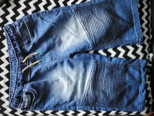 Spodenki jeansowe r. 146/152