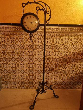 Relógio Sala Pe de Ferro