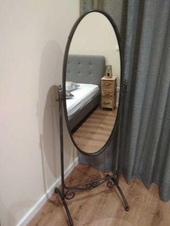 Espelho de pé, estilo antigo
