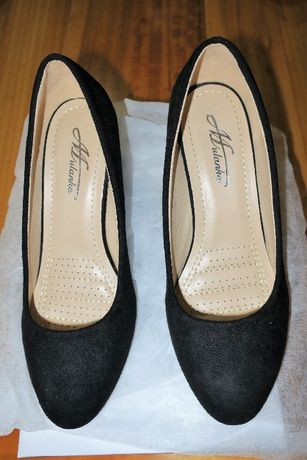 Sapatos senhora em preto