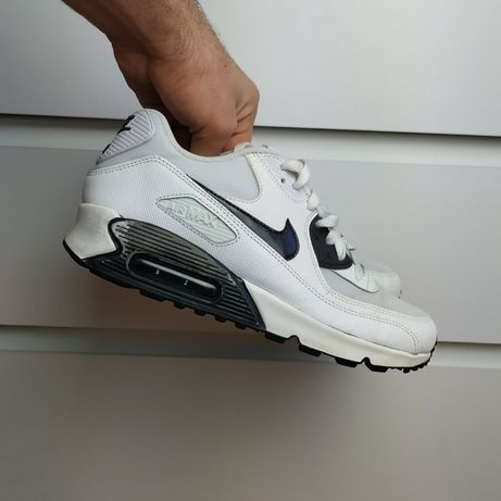 Nike Air Max 90 EssentialРозмір EUR 41 (26,5 см)