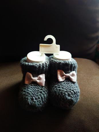 В'язані шкарпеточки з бантиком