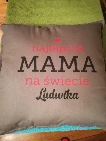 Poduszka dekoracyjna z napisem najlepsza mama Ludwika