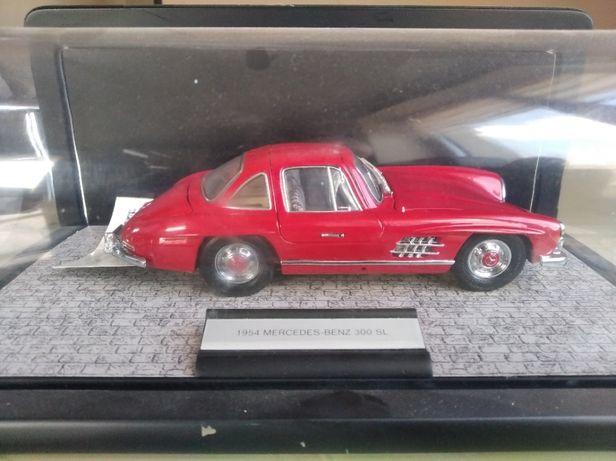 модель 1.24 ФРАНКЛИН МИНТ Mercedes Benz 300SL 1954