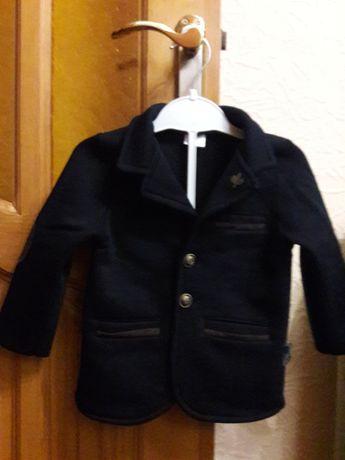 Пиджак трикотажный на утеплителе