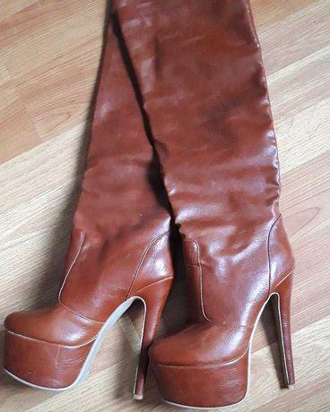 Взуття жіноче осінь високе