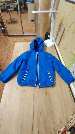 Продам курточку chicco 110 р