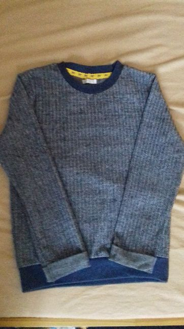 Milutki, miękki sweterek chłopięcy r.128