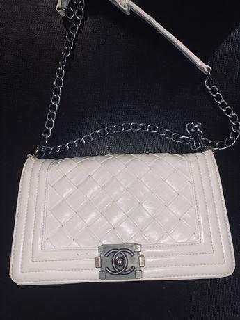 Сумка Шанель Chanel белая кожа