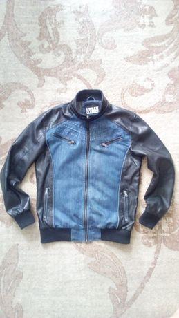 Брендова куртка Urban Classics. Розмір L.
