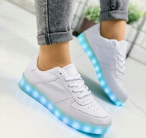 Белые кроссовки с светящейся Led подошвой светящиеся кеды с подсветкой