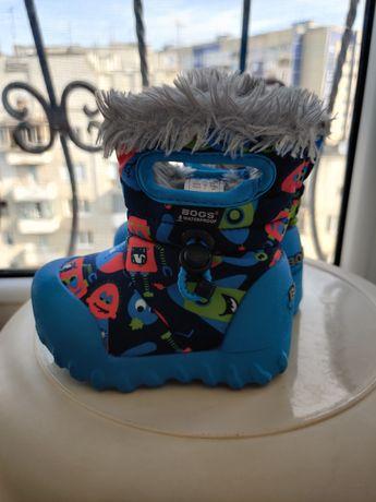 Зимові чобітки Bogs, розмір 20