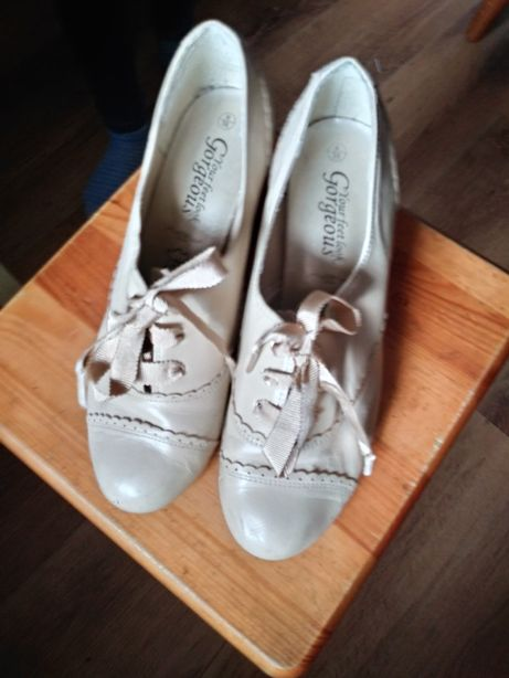 Czółenka półbuty vintage buty damskie rozmiar 39