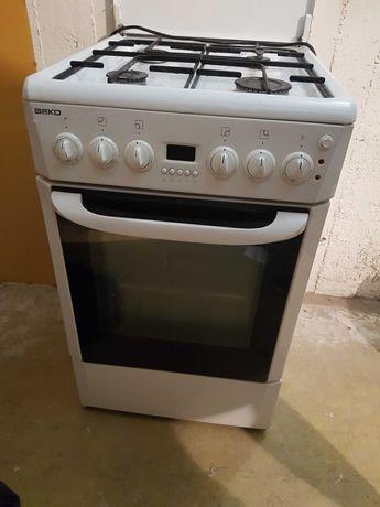 Kuchenka BEKO gazowa, elektryczna, piekarnik