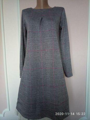 Платье свободное в клетку 42-44  s/m