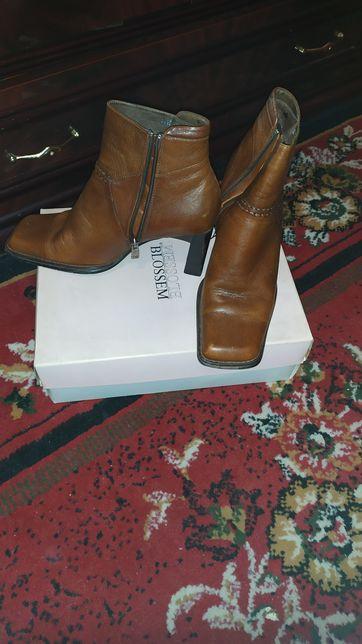 Кожаные ботинки батильоны сапоги