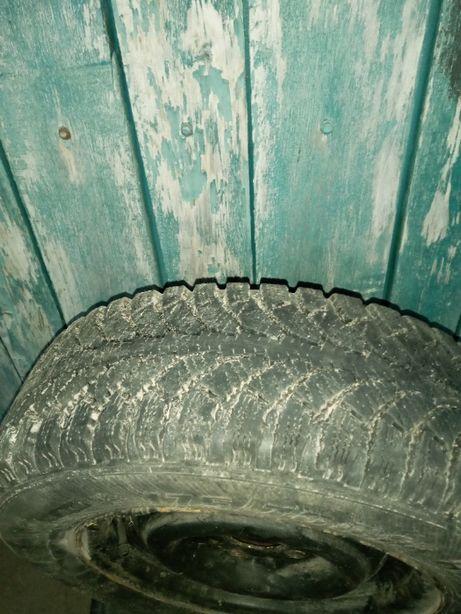 Шины зима комплект 175/70 R13 ВАЗ