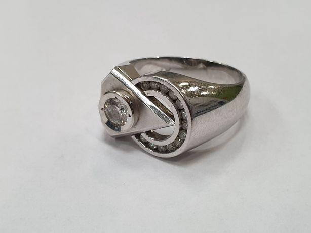 Bardzo duży złoty pierścionek damski/ białe złoto/ 585/ 11.68g/ R21