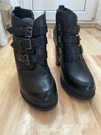 Ботильоны ботинки на каблуке обувь Respect 38