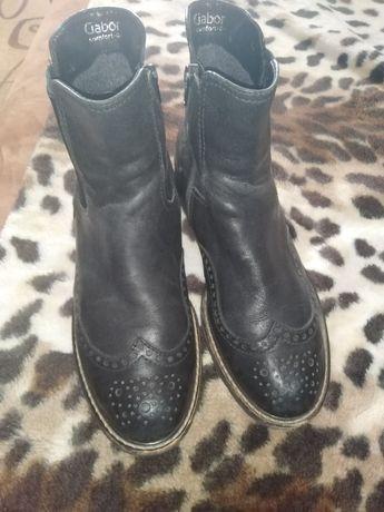 Продам ботинки женские демисезонные!