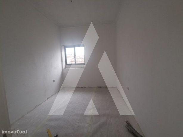 Apartamento T2, em Albergaria, distrito de Aveiro.