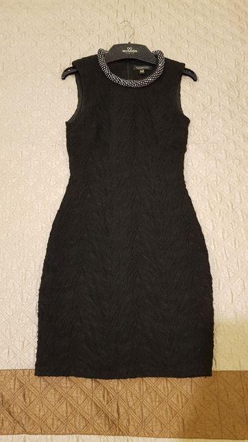 Стильное вечернее платье бренда Waggon в отличном состоянии