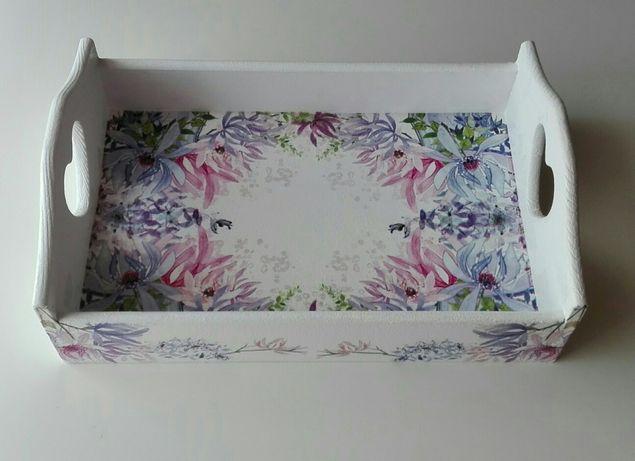Taca drewniana,dekoracyjna,decoupage, z sercem, kwiaty, rękodzieło