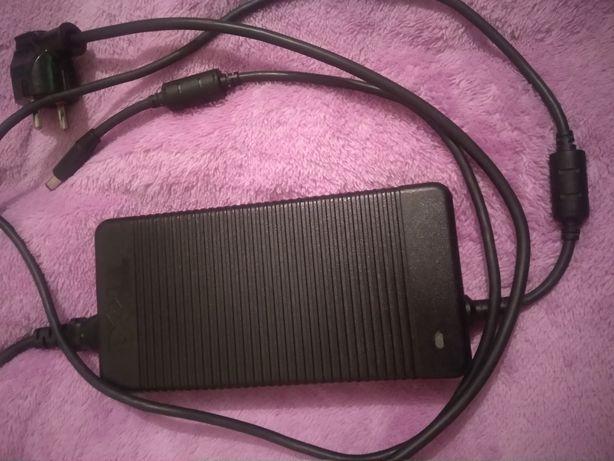 Зярядне блок пітання Dell 210w до ноутбука