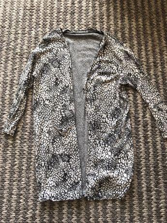Czarno biala narzuktka sweterek okrycie wierzchnie rozm L