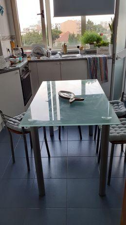 Mesa de cozinha c/ conjunto 4 cadeiras