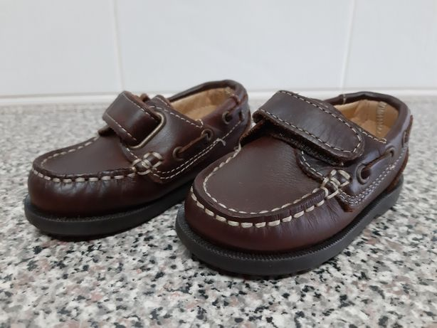 Sapatos de menino Zippy, n.º 19 – Novos