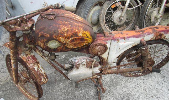Famel Foguetão motor DKW para peças