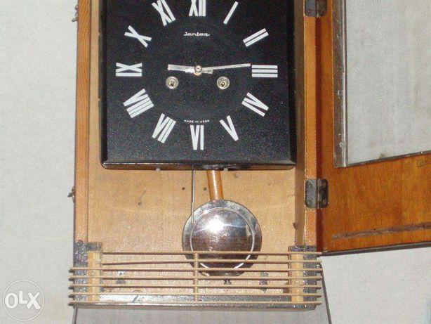 часы настенные Янтарь с боем времен СССР