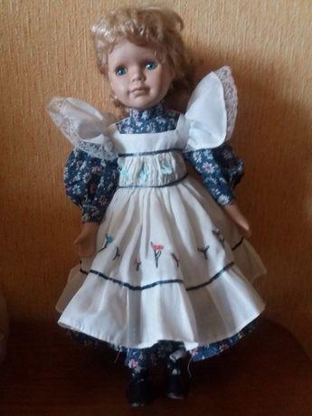 Продам Керамическую коллекционную куклу