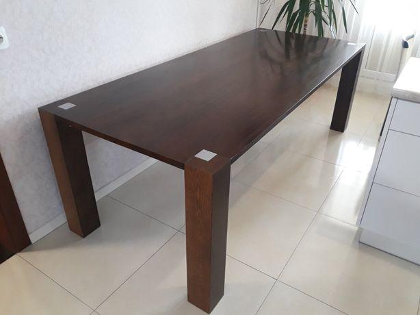 Итальянский стол в гостинную или на кухню