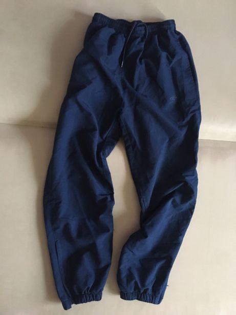 Spodnie umbro 146
