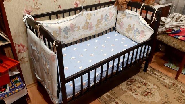 Ліжко дитяче з маятниковим механізмом, з шухлядою
