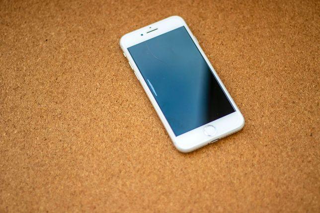 iPhone 8 64 Gb — recondicionado com garantia