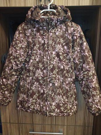 Продам куртку осень-еврозима на девочку  рост 152