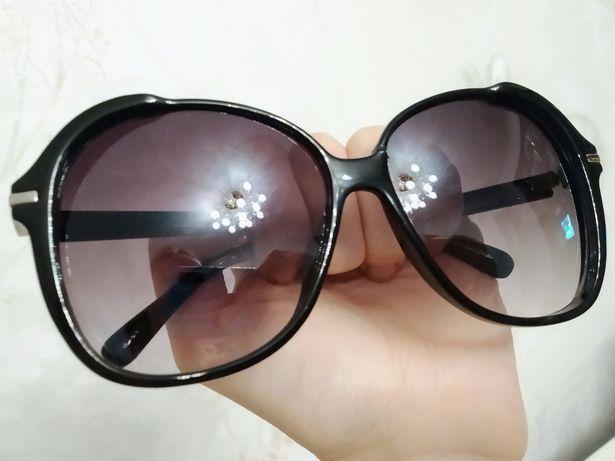 Черные женские солнцезащитные очки AVL круглые большие как полароид