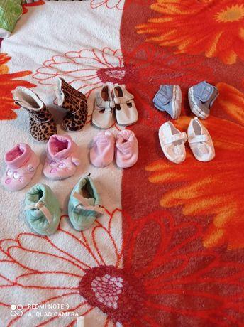 Продам обувь для самых маленьких
