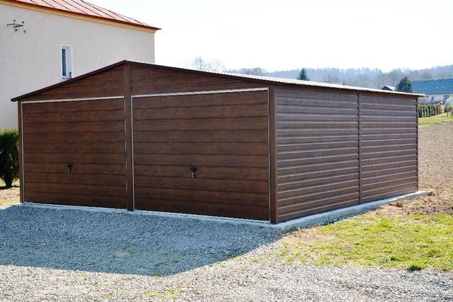 Garaz blaszany 5x6, 6x6, 7x6, z profila zamknietego, drewnopodobny
